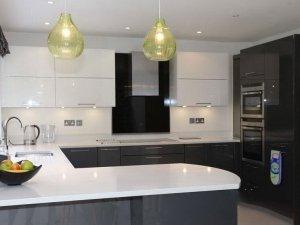 Tủ bếp Acrylic 70